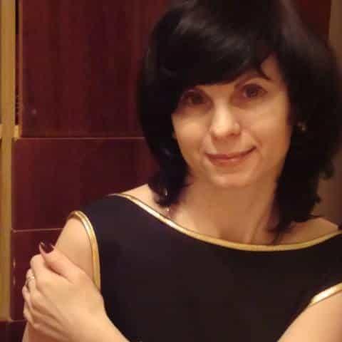 Анжела Романенко