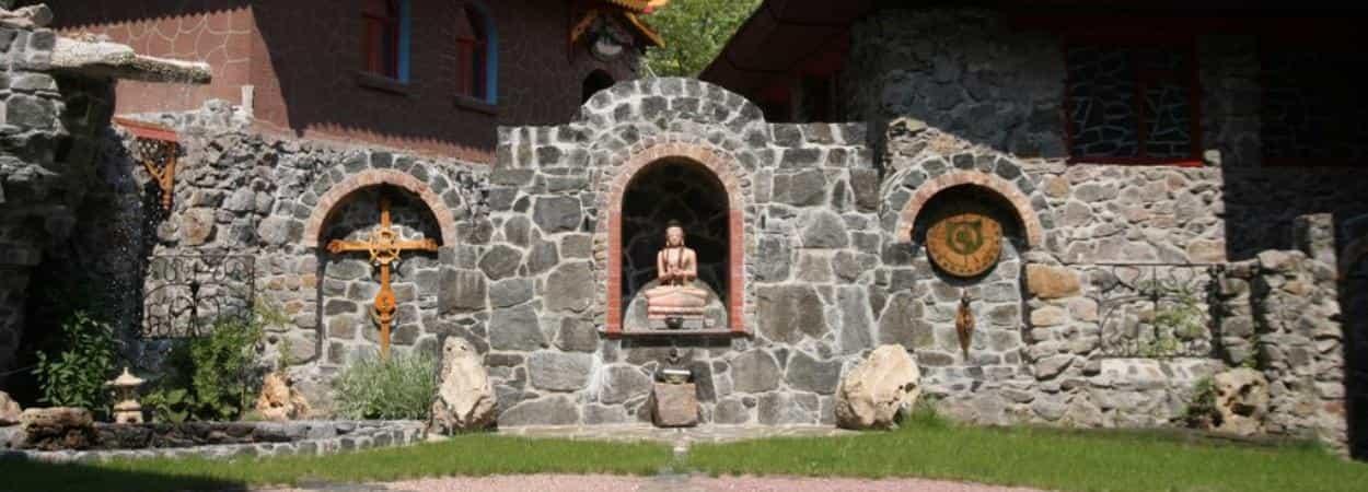 Черкассы. Храм Белый Лотос