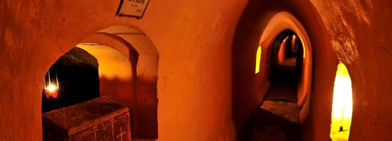 18 декабря путешествие по четырем Святым пещерам Киева